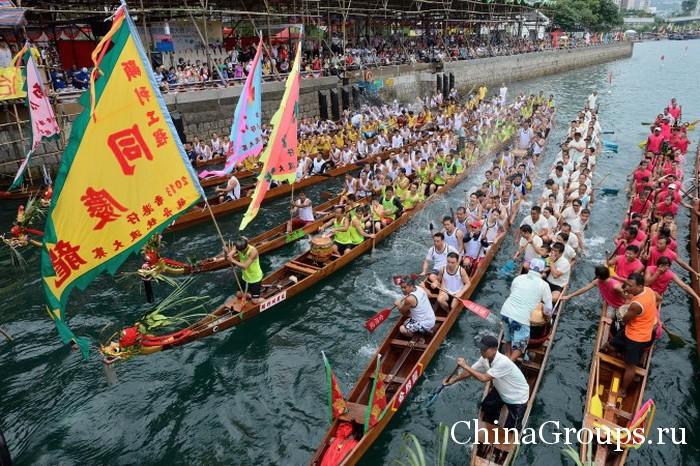 праздник драконьих лодок в Китае